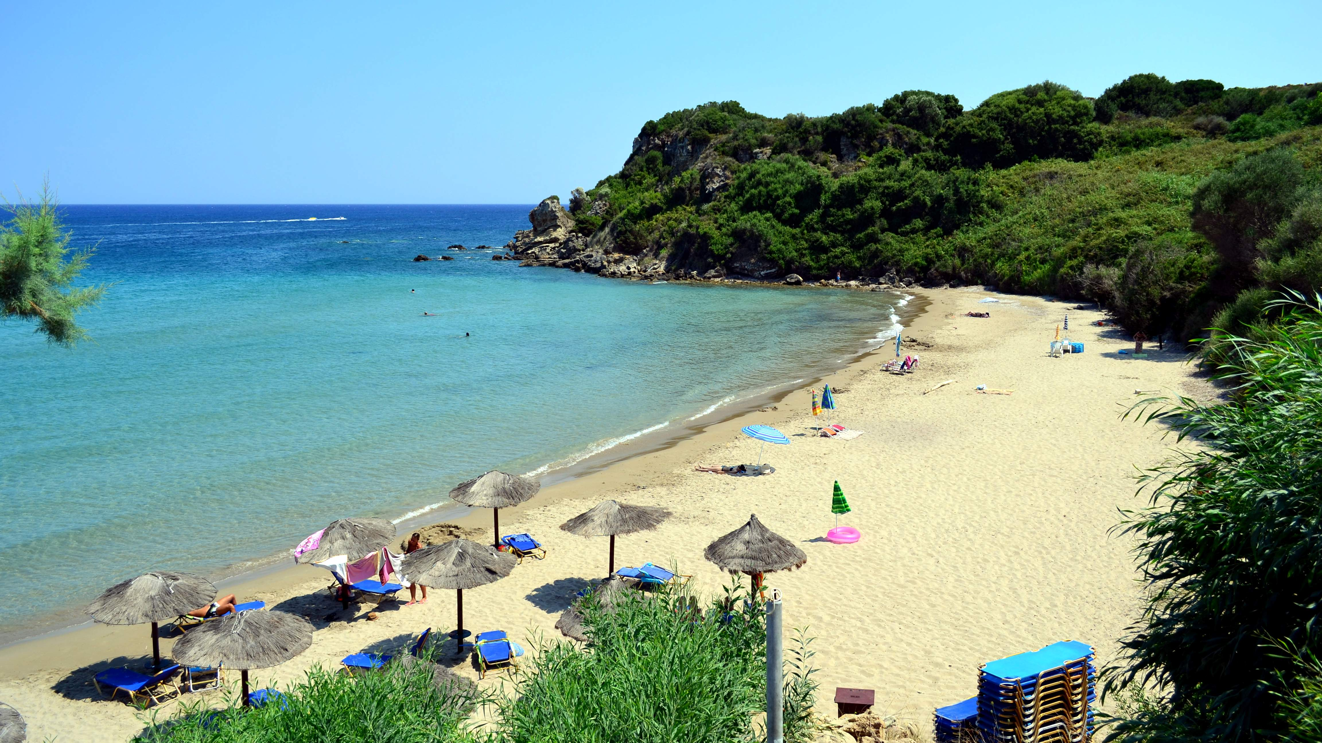 agios nikolaos mature singles Agios nikolaos is one of the largest towns in  havania are suitable for families as well as young and mature couples seeking to make the most out of their holiday.